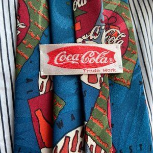 Coca Cola neck tie / polar bear